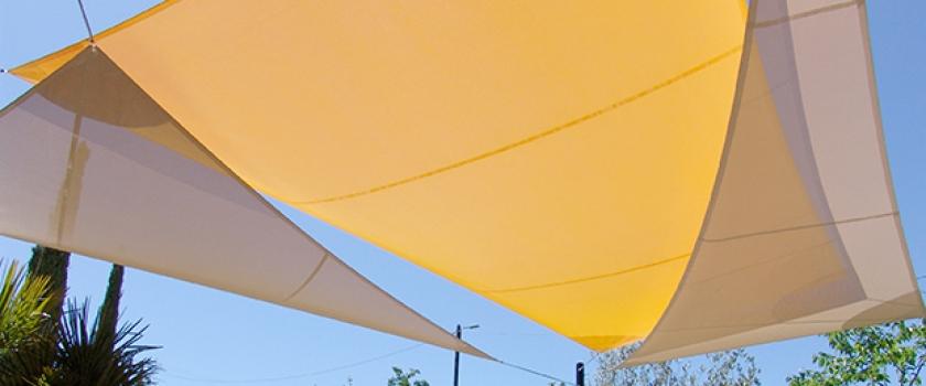 toile tendue exterieur patio on pinterest poufs rouge and metals noir et blanc pluie related. Black Bedroom Furniture Sets. Home Design Ideas